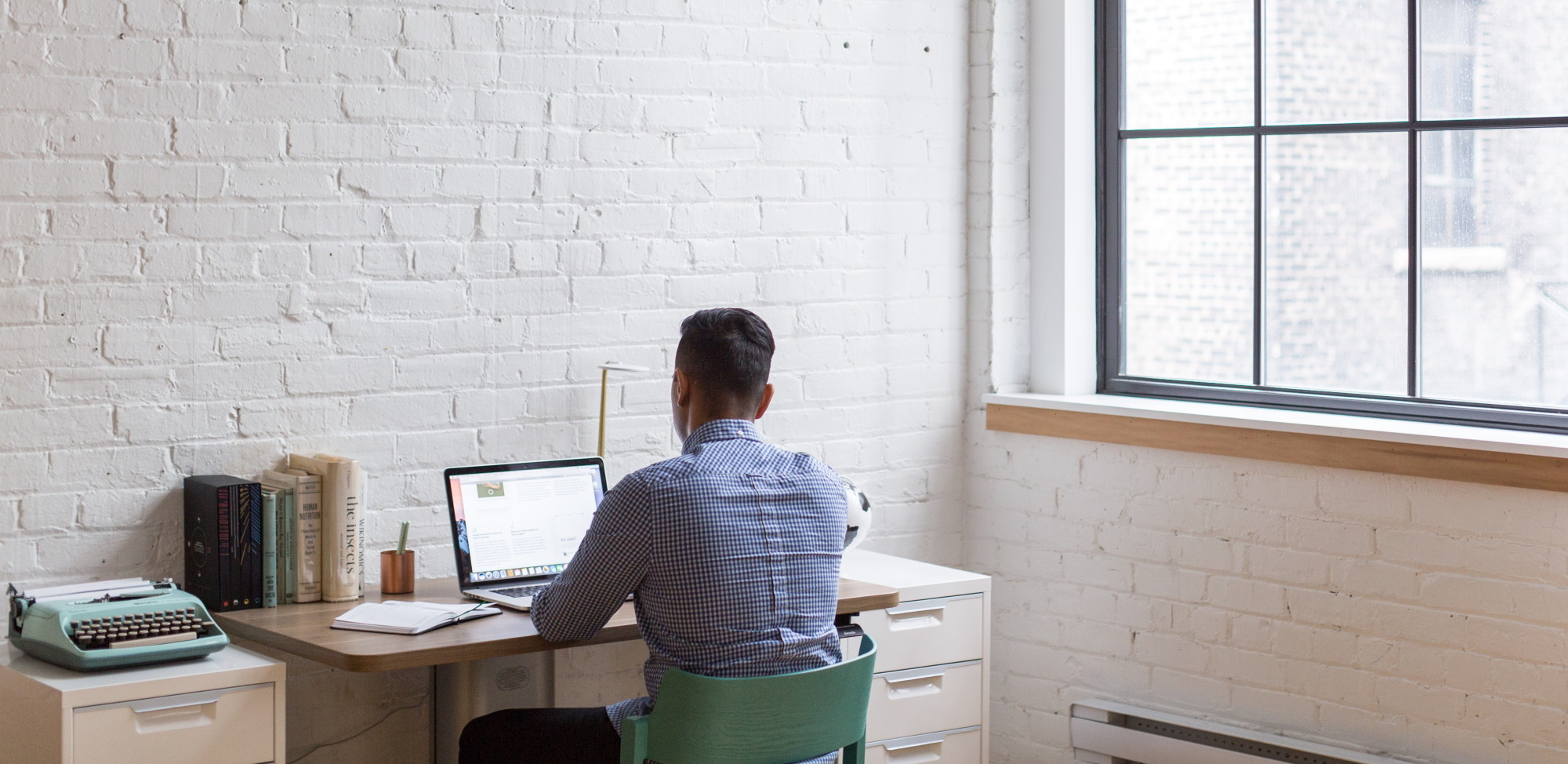 13 Tips for Staying Focused During a Virtual Event or Meeting